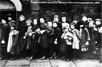 Picture properties waiting for Salvation Army farthing breakfasts, 1880